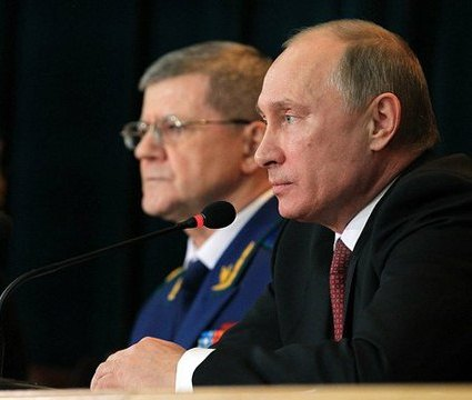 Владимир Путин и прокурор Юрий Чайка